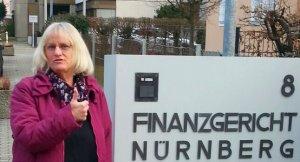 Am Eingang FG Nürnberg 14.2.2019